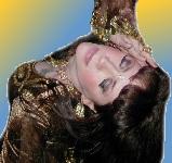 Lustrous Henna user -Gia.